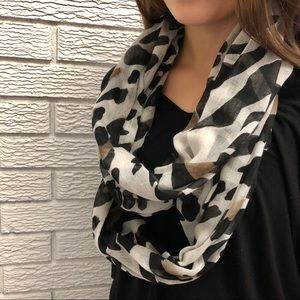 Accessories - Animal Print  |  Infinity Scarf